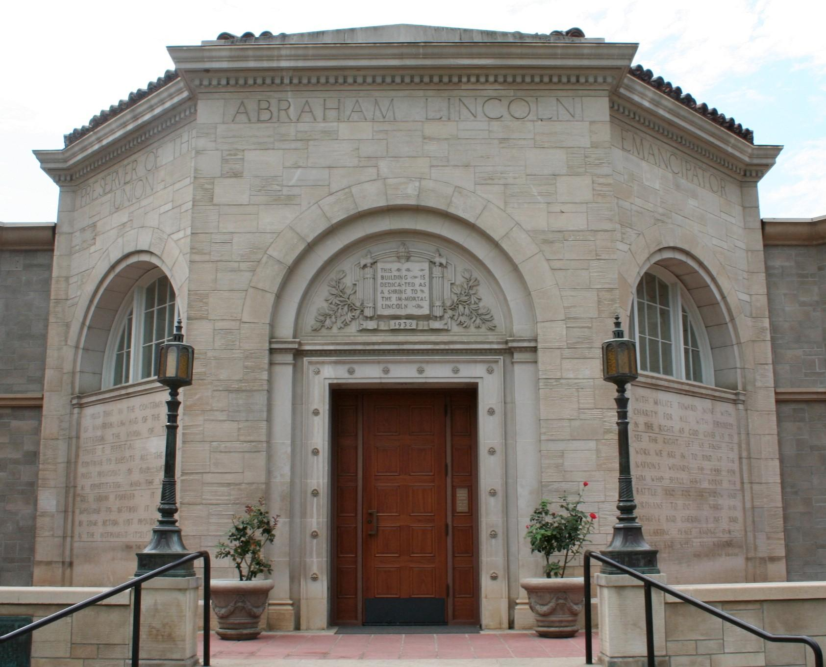 The front of the Lincoln Shrine in Redlands, California.