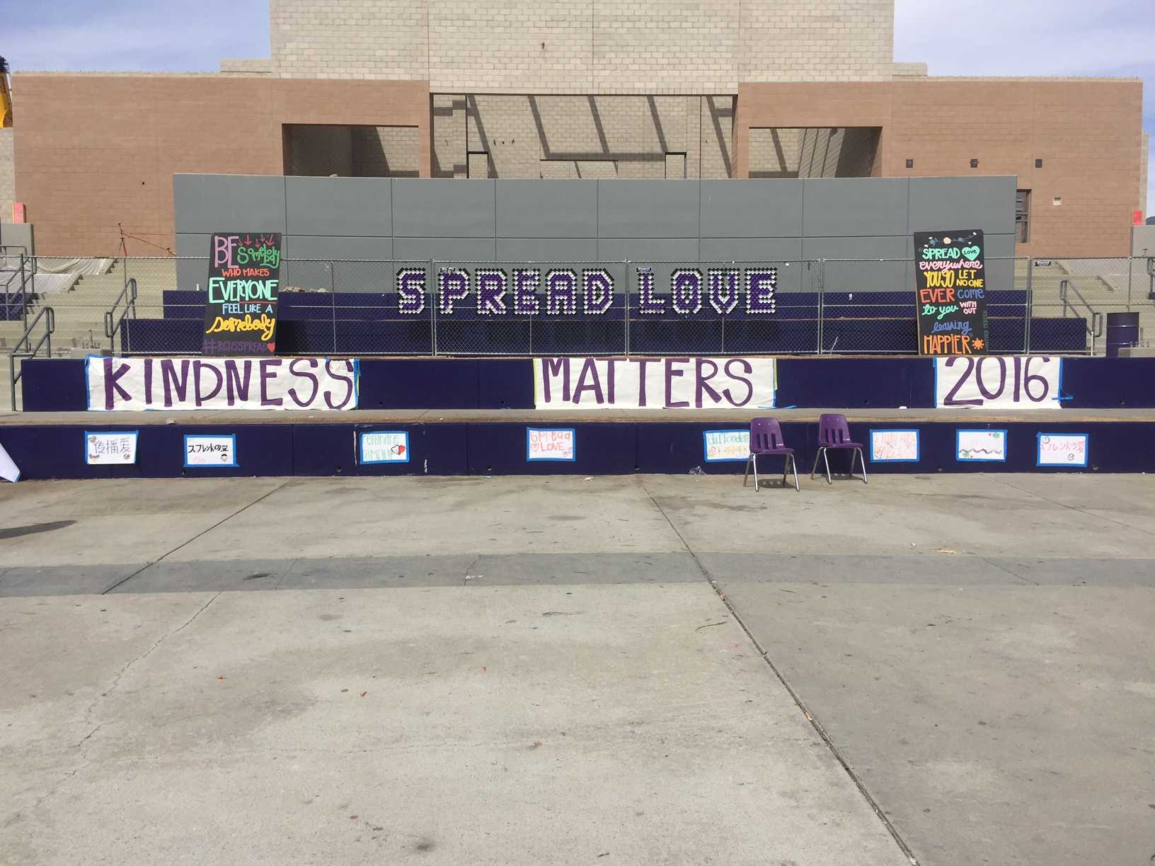 Students unite to express kindness during