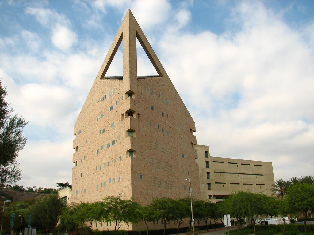 The CLA Bulding with its grand, trangular point is a well-known icon of Cal Poly Pomona.