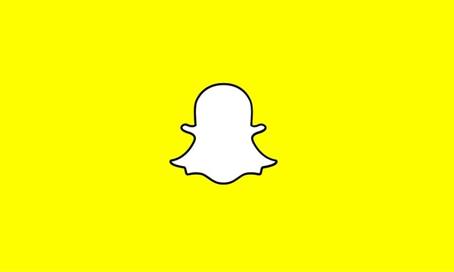 Snapchat%E2%80%99s+value+dropped+by+a+whopping+1.3+billion+dollars+due+to+one+tweet+by+Kylie+Jenner.