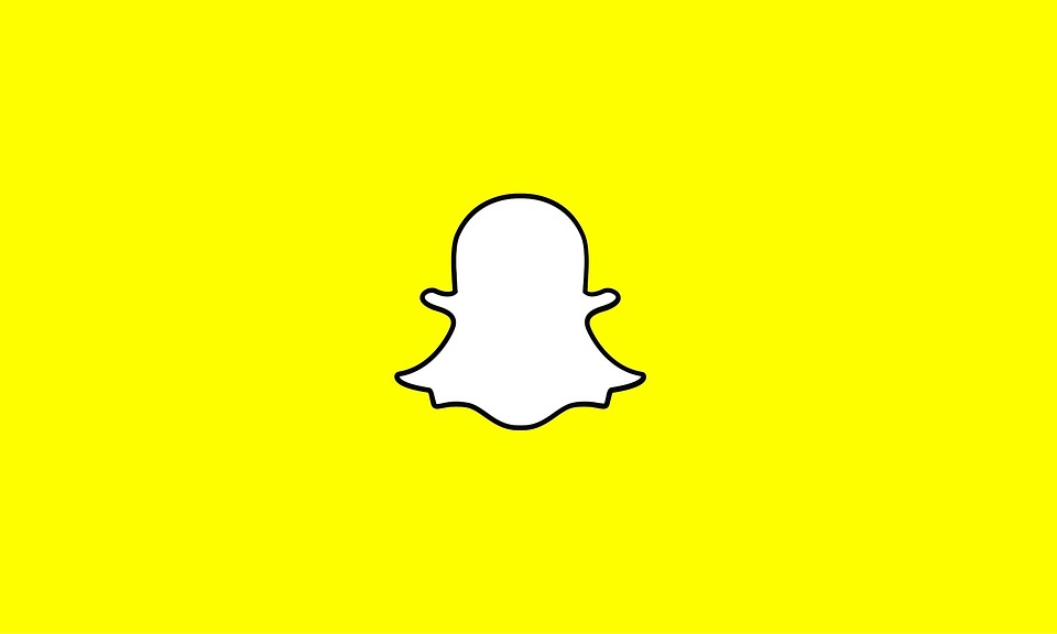 Snapchat's value dropped by a whopping 1.3 billion dollars due to one tweet by Kylie Jenner.