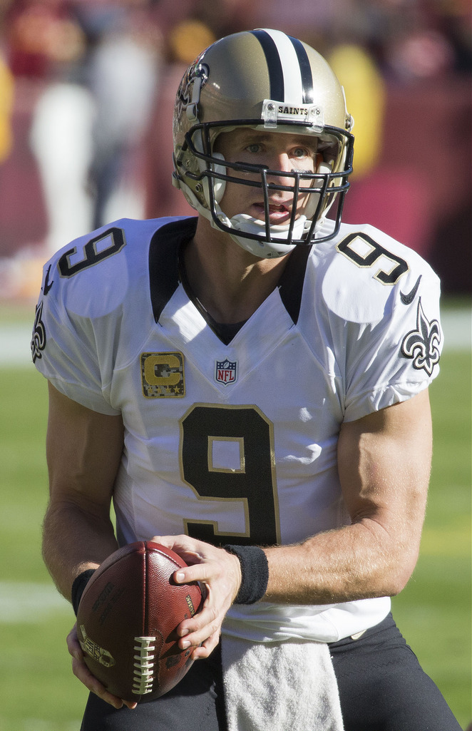 Drew Brees sets an all-time yard record and puts himself one touchdown away from 500.