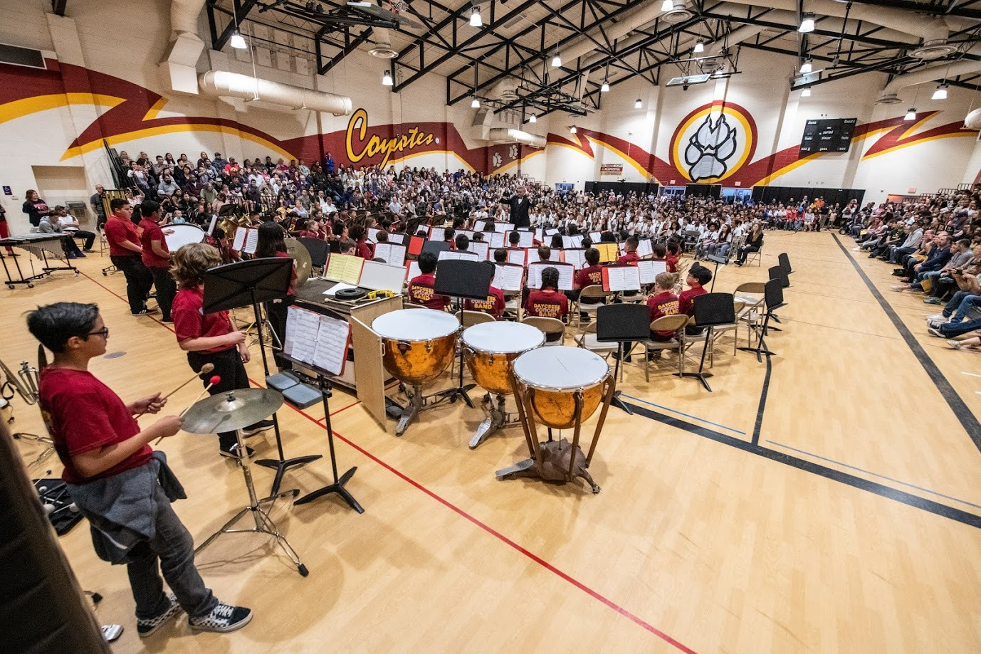8th+Grade+Band+performs+at+the+2019+Spring+Band+Concert.