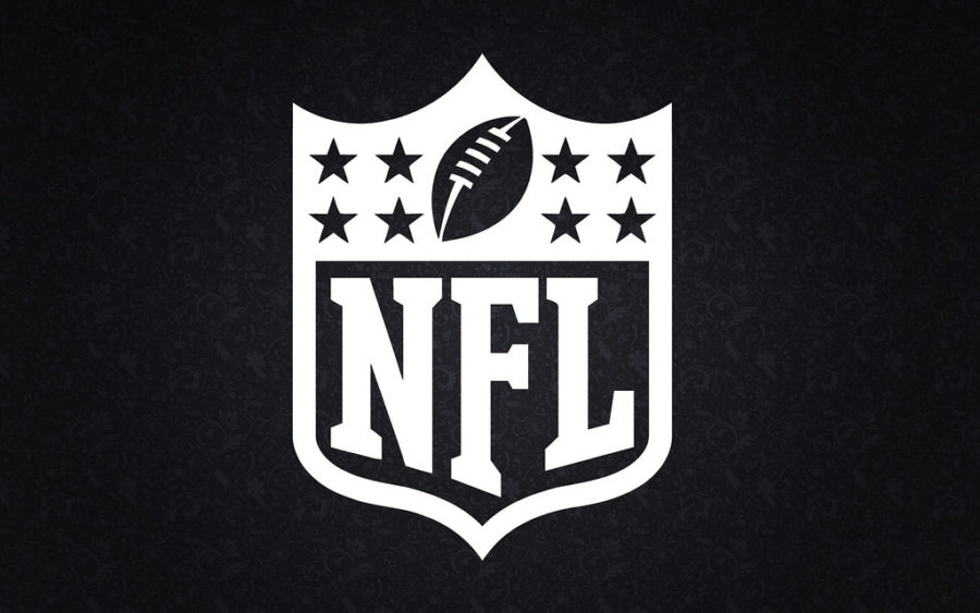 As+the+100th+NFL++season+begins%2C+which+teams+will++prosper+and+who+will+collapse%3F