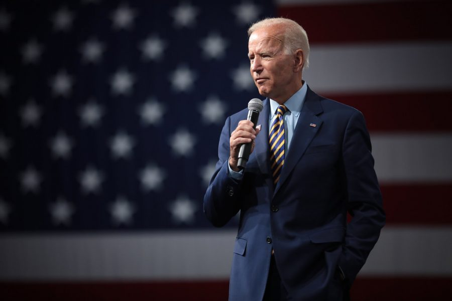 During the 11th Democratic Debate, Joe Biden committed to selecting a female running mate. The move has caused both support, and controversy. In this episode, Ashley and Azam take a deep dive into whether the move was good or bad.